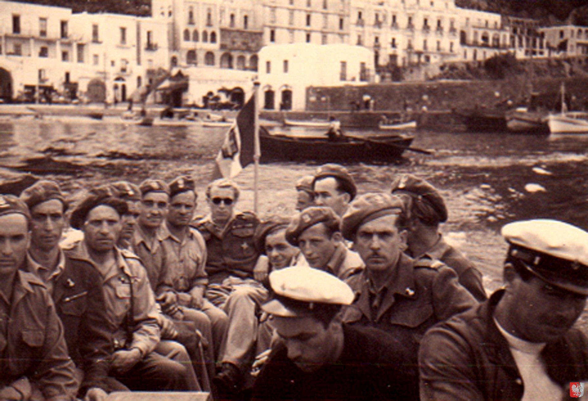 Visiting-Island-of-Capri-2-1945